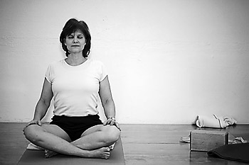Iyengar yoga with Laurie Blakeney
